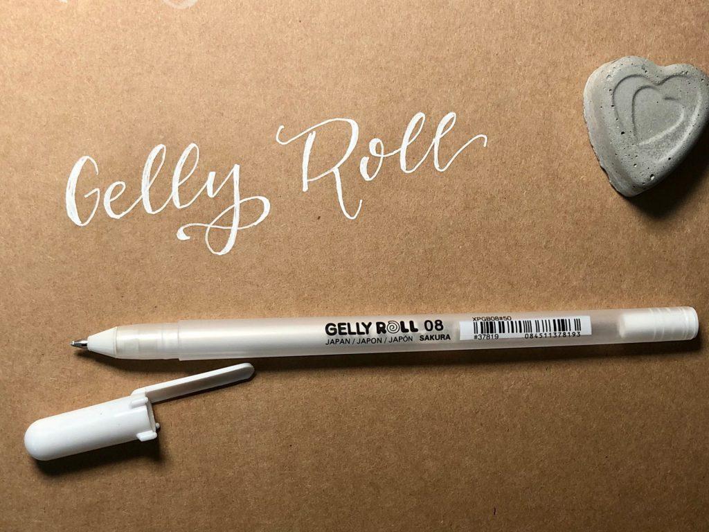 IMG 2779 1024x768 - Test pięciu białych pisaków, w tym biały brush pen
