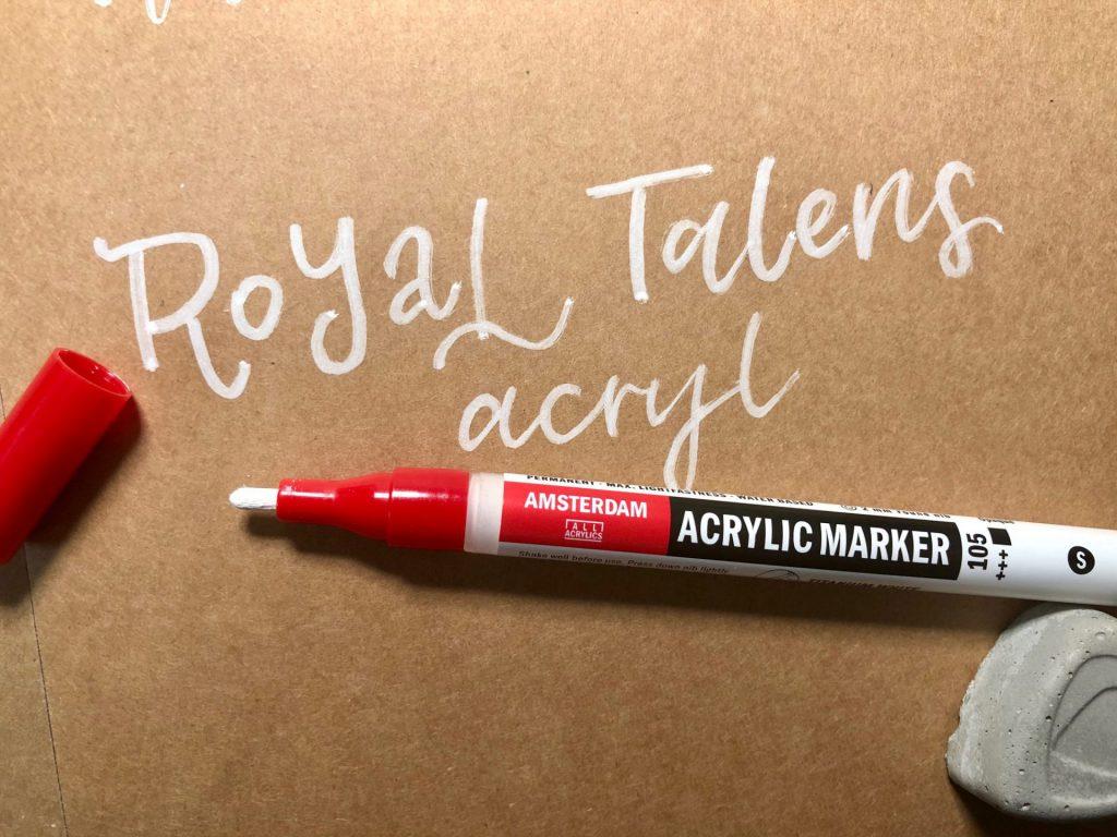 IMG 2781 1024x768 - Test pięciu białych pisaków, w tym biały brush pen